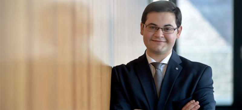 """Taner Ünalgan, SPD-Stadtverordneter im Rat der Stadt Gelsenkirchen lobt den """"Open Data"""" Vorstoß der Stadt."""